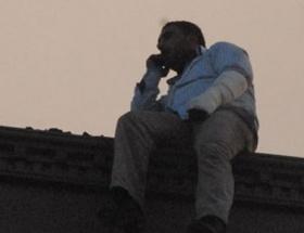Çatıda intihar pazarlığı