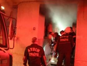 Mobilya atölyesinde yangın: 2 yaralı