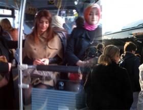 Metrobüste ilginç eylem!