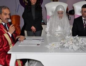 Dünya Engelliler Gününde evlendiler