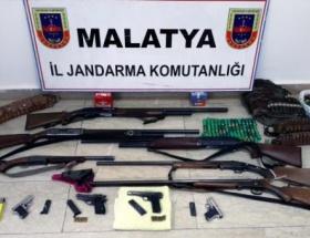Malatyada ruhsatsız silah operasyonu