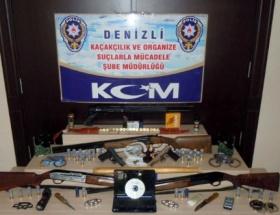 3 ilde suç örgütlerine operasyon: 30 gözaltı