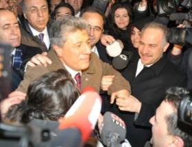 Mustafa Balbay evine geldi