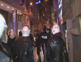 Taksimde polis müdahalesi!