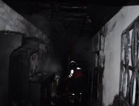 Ahşap evde yangın paniği