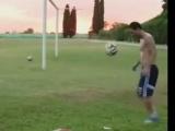 Messi fizik kurallarını alt üst etti!