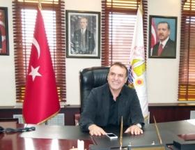 Belediye başkanına bıçaklı saldırı
