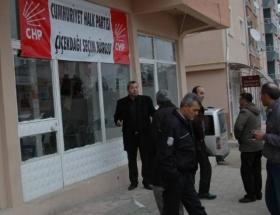 CHPnin ilçe seçim bürosu tahrip edildi