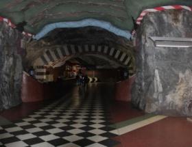 Sanat galerisi gibi metro