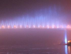İstanbul Boğazı, sis sebebiyle trafiğe kapatıldı