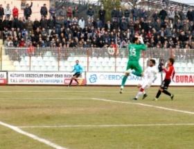 TKİ Tavşanlı Linyitspor 0-2 Balıkesirspor