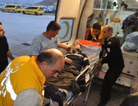 Tuncelide trafik kazası: 13 yaralı