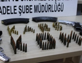Karsta silah kaçakçısı 3 kişi tutuklandı
