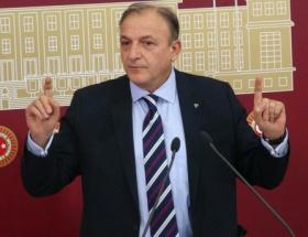 Türk bayraklı o fotoğrafa tepki!