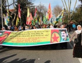 Tuncelide Suriye Kürtlerine destek yürüyüşü
