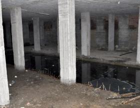 Hurda toplayan çocuk inşaatta ölü bulundu