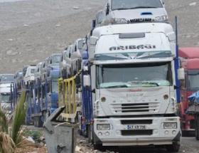 Elazığ İHH Şubesi, Suriyeye 15 TIR gönderdi