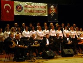 Türk Sanat Müziği Korosu büyüledi
