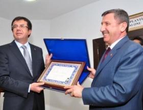 Ekonomi Bakanı Zeybekçi Kütahyada