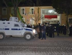 Markete molotof atan 3 zanlı tutuklandı