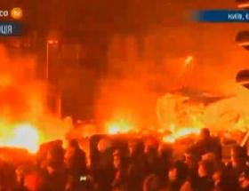 Kiev alevler içinde!