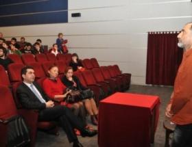 Berfo Ananın yapımcısı sinema dostlarıyla buluştu