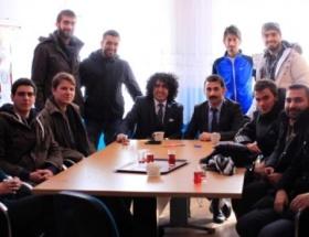 Gönüllü 13 genç, Ardahandaki kardeşleriyle buluştu