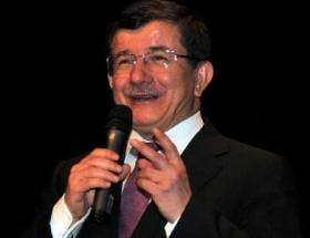 Davutoğlu, Şumeni şehrini ziyaret etti