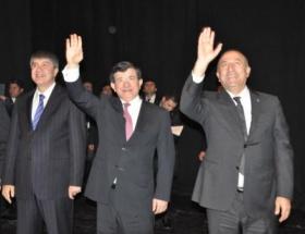 Türkiyenin başarısıyla övünen bir millet var
