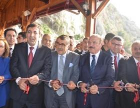 Bakan Yılmaz, Kozanda şelale tesislerinin açılışını yaptı