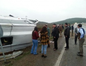 Çanakkalede trafik kazası: 22 yaralı