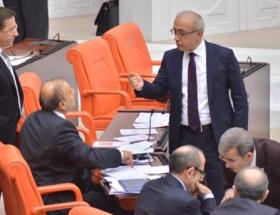 Bakan Elvan ile Vural arasında tartışma