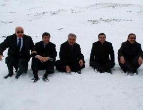 Bakan Yazıcı, kar hasretini böyle giderdi