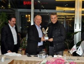 Beşiktaşta, Medical Park Antalyaspor yönetimine yemek