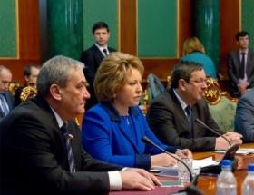 Rusya, Ukraynadaki krizi çözmek için uğraşıyor