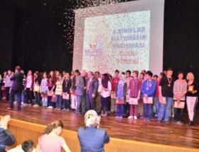 Matematik yarışmasının şampiyonları ödüllendirildi