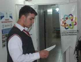 Geleneksel 2. şiir okuma yarışması yapıldı
