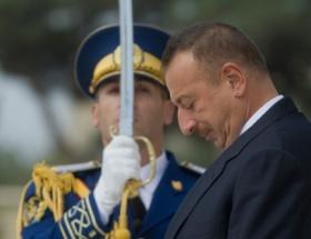 Azerbaycan Cumhurbaşkanı İlham Aliyev Vietnamda