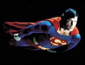 Süpermen sevgisi yuva yıktı