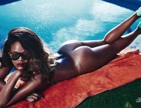 Rihannanın çıplak fotoğrafları yasaklandı