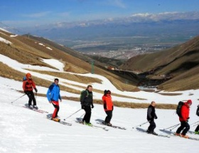 Palandökende Mayıs kayağı