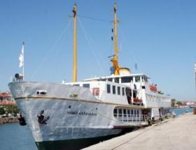 İstanbul Büyükşehir Belediyesinin icralık olan yolcu gemisini Bursa aldı