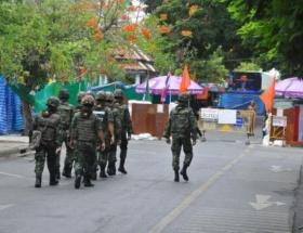 Tayland ordusu sıkıyönetim ilan etti