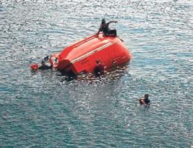 Adanada nehre düşen 2 kişi kurtarıldı