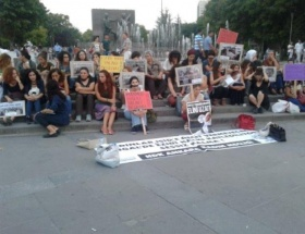 IŞİDi protesto ettiler