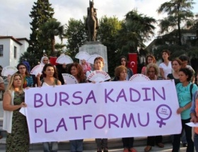 Bursalı kadınlardan savaşa tepki