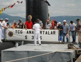 Denizaltı ve gemilere Zafer Bayramı gezisi düzenlendi