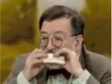 Murat Bardakçı canlı yayında sandviç yedi!