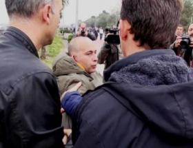 Bakan Müzezzinoğluna protestolu karşılama