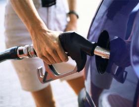 Almanyada tatil, benzine zam demek